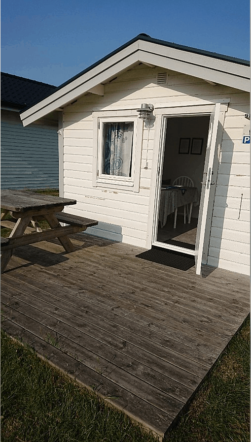 Camping cabin (4 beds, 20 sqm)